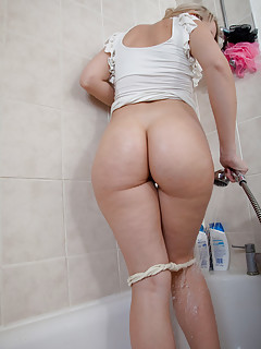 Big Wet Ass Pics
